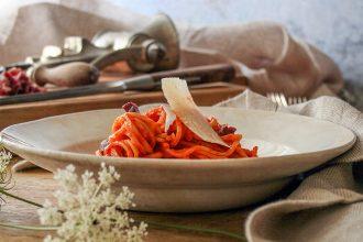 Pasta con ragù di Gambetto