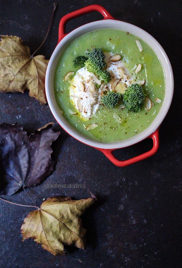 Zuppa broccoli ricotta e patate