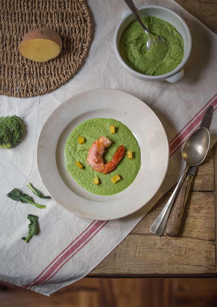 crema di broccoli gamberi e prosciutto