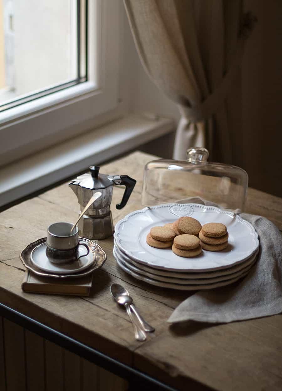 colazione con piatti Dalani