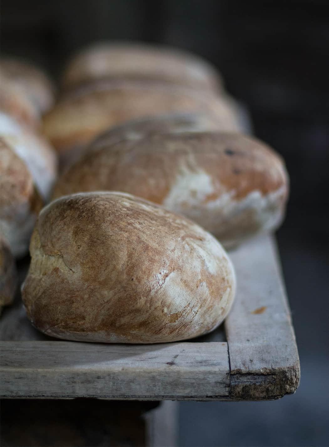 il pane cotto a legna