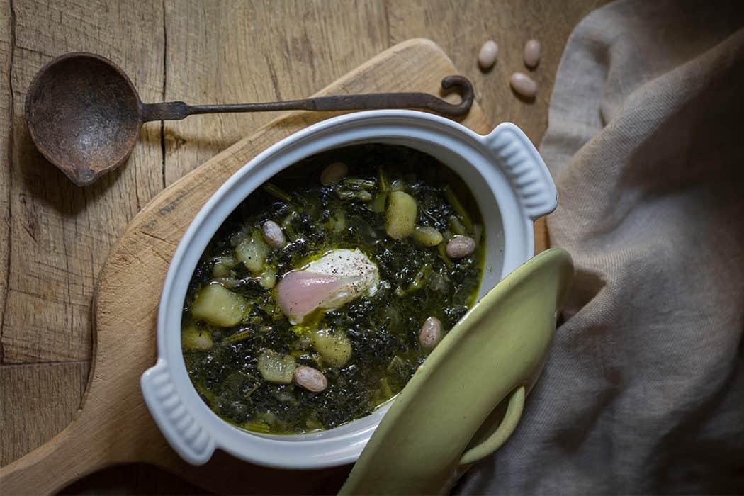 zuppa di cavolo nero con patate