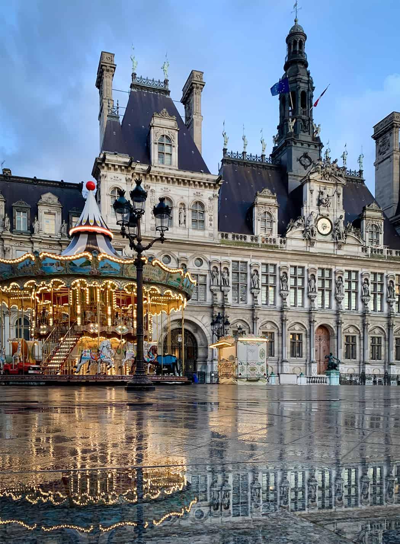 Parigi la Place de l'Hôtel de Ville